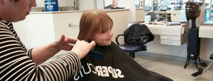 Supercuts is one of Lugares guardados de Colleen.