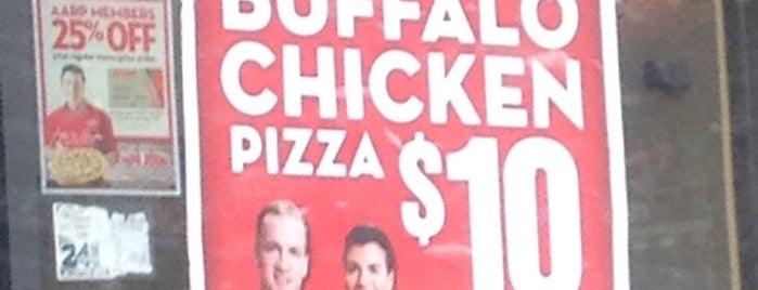 Papa John's Pizza is one of Posti che sono piaciuti a Larry.