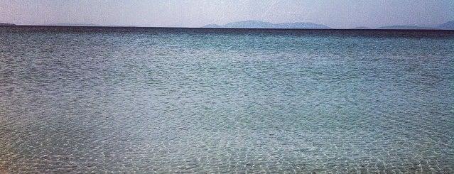 Ilıca Plajı is one of Posti salvati di Hakan.