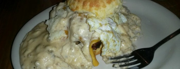 Maple Street Biscuit Company is one of Places to take Lacey.
