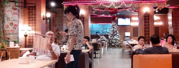de 'Waroeng is one of Medan culinary spot.