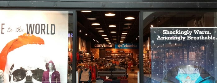 Converse Columbia is one of Orte, die Erkan gefallen.