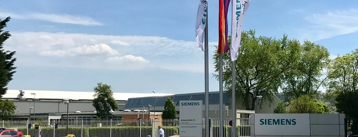 Siemens AG Braunschweig is one of Luisさんの保存済みスポット.
