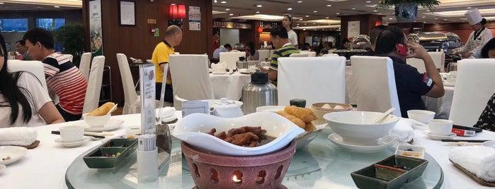 Laurel Restaurant is one of Tim's Favorite Restaurants & Bars around The Globe.