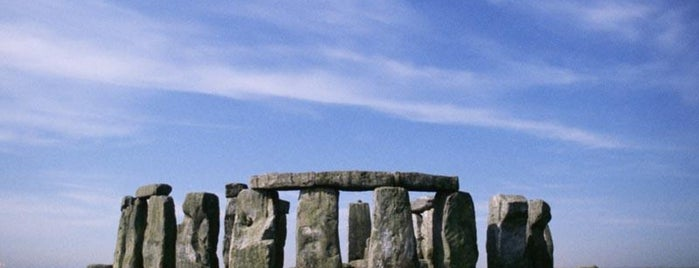 Stonehenge is one of Locais curtidos por Carolina.