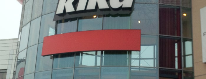 Kika is one of Tempat yang Disukai Nikos.