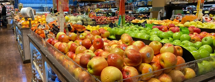 City Fresh Market is one of USA NYC QNS Astoria.