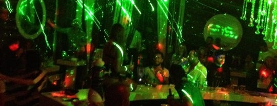 Deep Night Club is one of Locais salvos de Ümit.