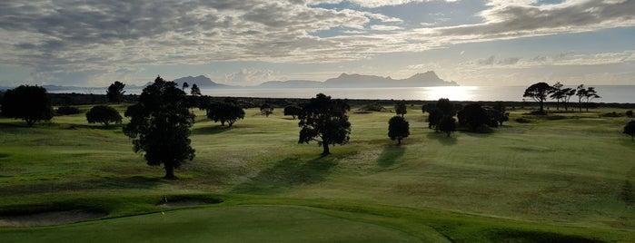 Waipu Golf Club is one of Lugares favoritos de Ben.