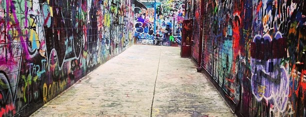 Graffiti Alley is one of Tempat yang Disimpan Rex.