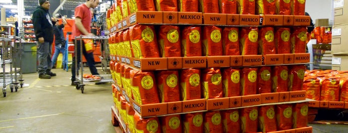 New Mexico Piñon Coffee Co is one of Tempat yang Disukai Brady.