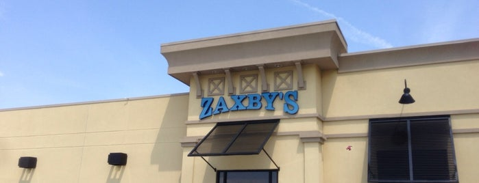 Zaxby's Chicken Fingers & Buffalo Wings is one of Lieux qui ont plu à Angelica.