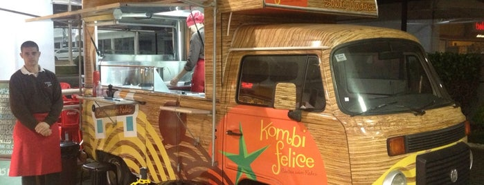 Kombi Felice is one of Locais curtidos por Adriane.