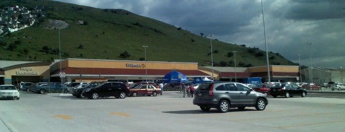 Walmart is one of Tempat yang Disukai Ely.
