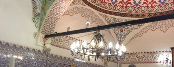 Bab-i Hayat is one of Tempat yang Disimpan Alaaddin.