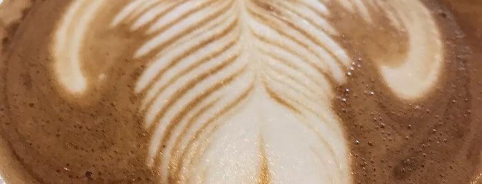 Leap Coffee is one of Tempat yang Disukai John.