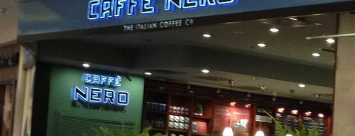 Caffè Nero is one of Lieux qui ont plu à R.Sema.