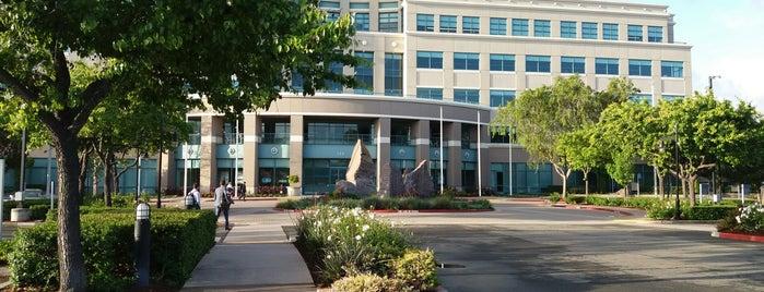 Cisco - Building 10 is one of Orte, die Omar gefallen.