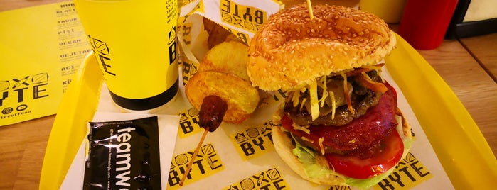 Byte Burger Street Food is one of Volkan : понравившиеся места.