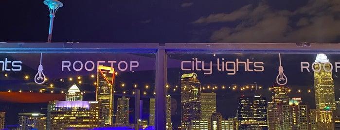 City Lights Rooftop Bar is one of Lauren : понравившиеся места.