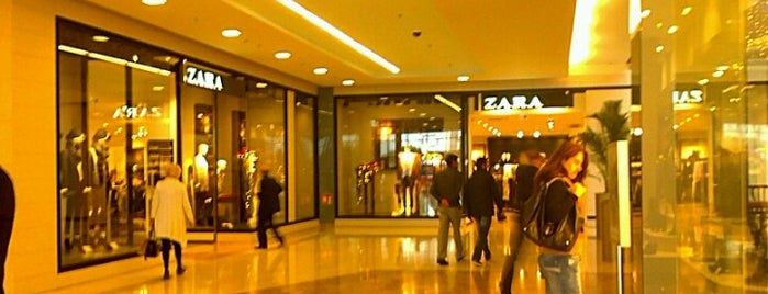 Zara is one of Top picks for Clothing Stores.