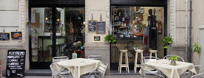 Foxy Bar is one of Barcelona favourites.