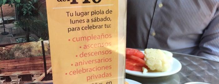 Café del Río is one of Ruta de cafés, sandwich, almuerzos.