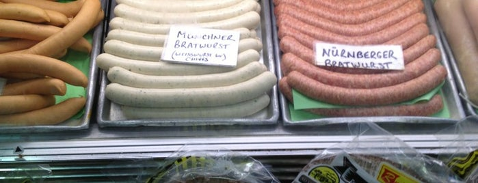 Rieker's Prime Meats is one of Lugares favoritos de Mimi.