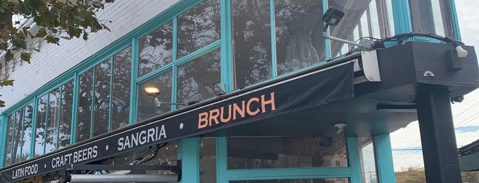 The Castro Republic is one of SF Brunch.