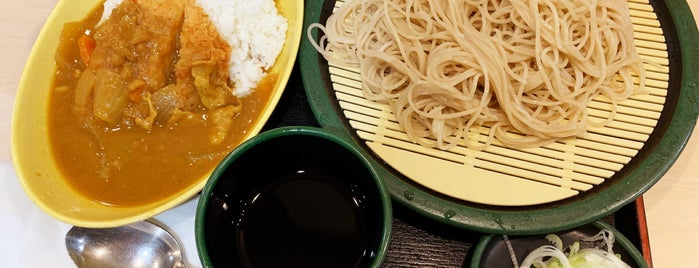 ゆで太郎 三田3丁目店 is one of 田町ランチスポット.