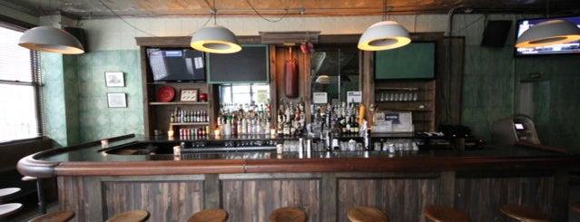 Roebling Sporting Club is one of Williamsburg // Drinks.