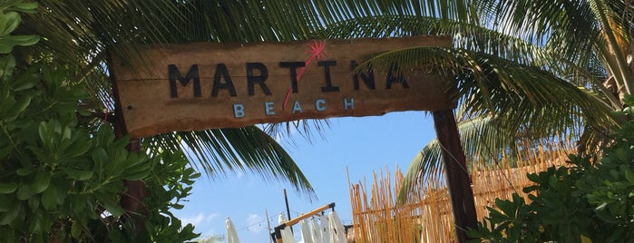 Martina Beach is one of Orte, die Alberto gefallen.