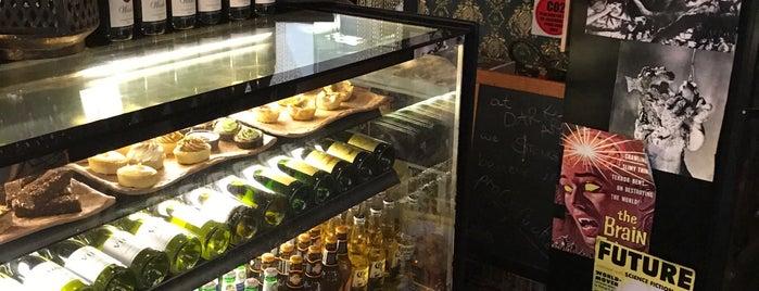 Dark Arts Brew & Bar is one of Tempat yang Disukai Ben.