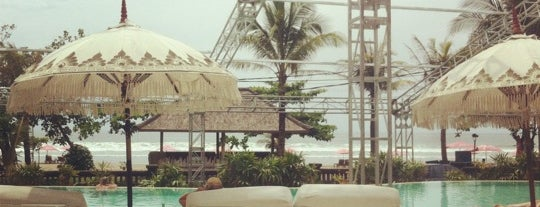 Cocoon Beach Club & Restaurant is one of Seminyak.