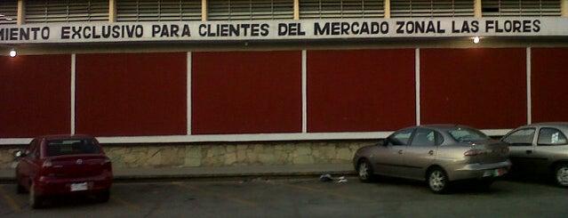 Mercado Zonal Las Flores is one of Oliver Santiago'nun Beğendiği Mekanlar.