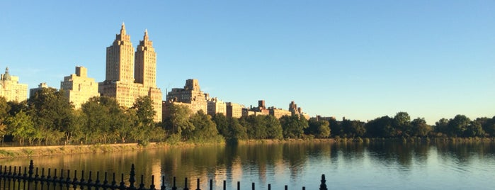 Jacqueline Kennedy Onassis Reservoir is one of Tempat yang Disukai Lindsay.