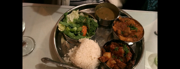 Himalayan Restaurant is one of Orte, die Bayana gefallen.