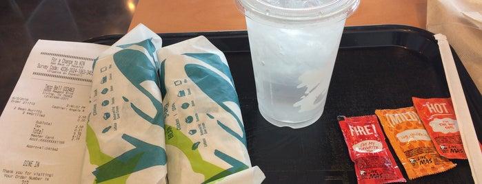 Taco Bell is one of Orte, die N gefallen.