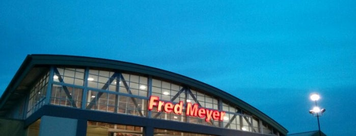 Fred Meyer is one of Drew : понравившиеся места.