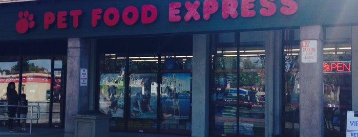 Pet Food Express is one of MarkMillerITPro ✔ ツ'ın Beğendiği Mekanlar.