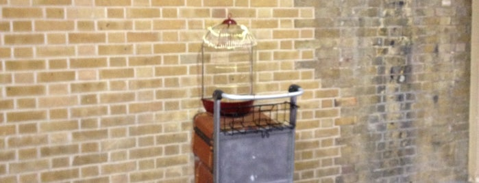 Platform 9¾ is one of London Town.
