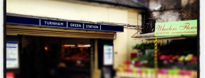Turnham Green London Underground Station is one of Food & Drink to check out.