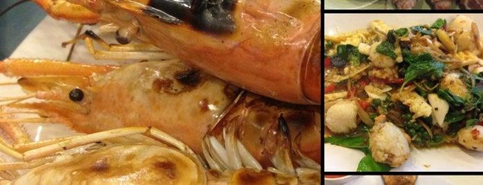 Talay-Thong Seafood is one of Alika 님이 좋아한 장소.