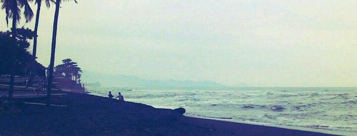 Pabean beach is one of Melin 님이 좋아한 장소.