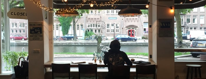 Coffee & Juices is one of Amsterdam Fika.