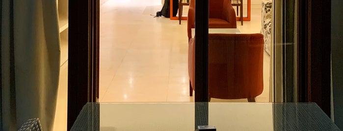 Juweira Boutique Hotel is one of Valerie'nin Beğendiği Mekanlar.