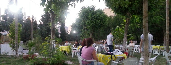 Kale Cafe is one of Balıkesir Cafeler.