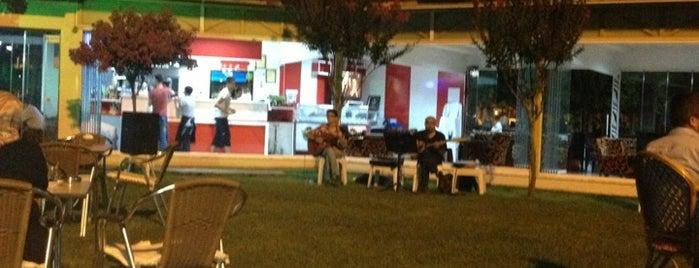 Ganita Cafe is one of Lugares favoritos de Fikriye.