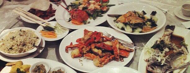 Landmark Seafood Cuisine 富臨門海鮮酒家 is one of Tempat yang Disimpan DJ.