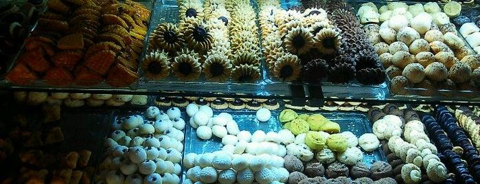 Muno Cafe & Bistro is one of Tempat yang Disukai Merve.